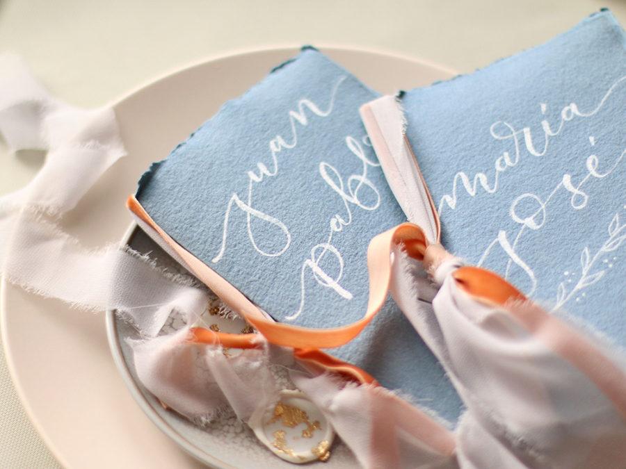 Libros votos nupciales hechos a mano con lettering. Curso Online de invitaciones de boda hechas a mano Escuela Project Party