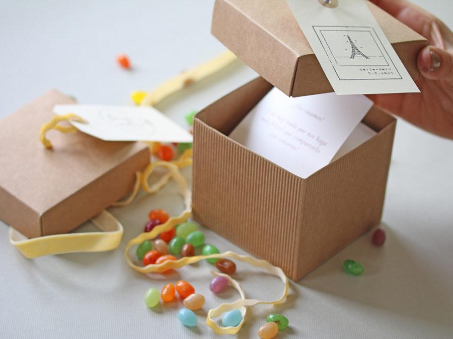 Invitacion de boda en caja. Curso Online de invitaciones de boda hechas a mano Escuela Project Party