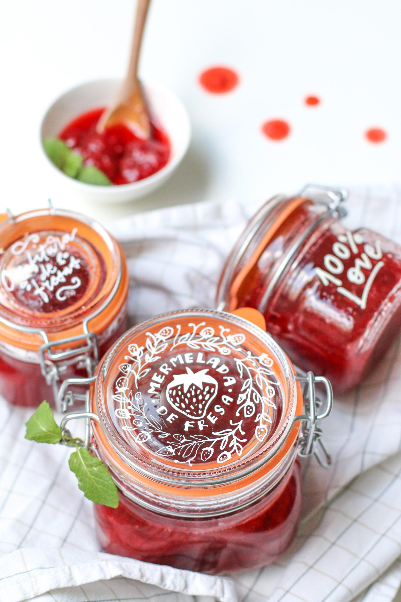 Lettering sobre cristal - Mermelada de fresa